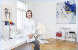 Dr. Kerstin Fink in Ihrer Ordination in 1030 Wien, Reisnerstrasse 24/8
